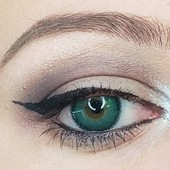 Glamor Green Contact Lenses